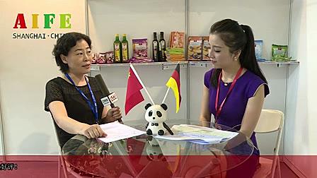 德国华夏国际投资展会现场接受主办方媒体采访